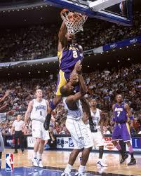 Kobe breaks his foot - Page 3 Kobe_dunks_on_dwight_howard