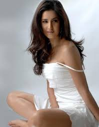 Absolutely Gorgeous_Katrina Kaif_Photoshoot (May 2010)