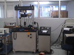 strength of material lab dept of me iitg digitally controlled closed loop servo hydraulic 100 kn dynamic testing machine