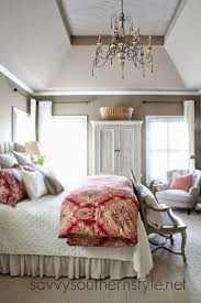 best 25 pottery barn bedrooms ideas on pinterest pottery barn master bedroom pottery barn bedding restoration hardware vintage linen quilt french bench