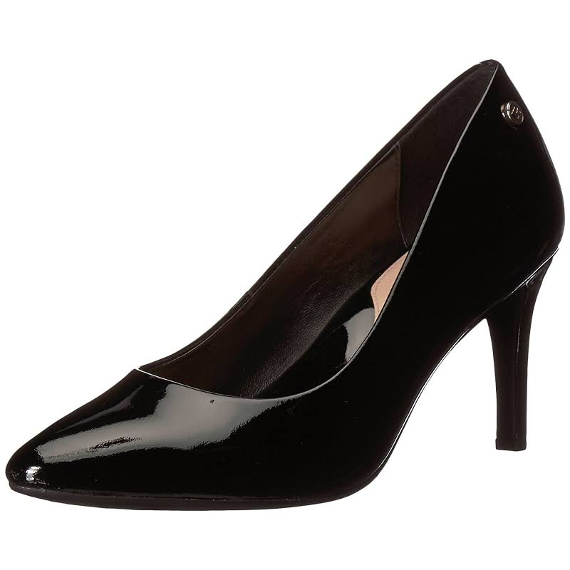 Taryn Rose Tamara Black Pumps
