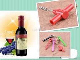 2017 creative kitchen gadget red wine mini wine bottle opener