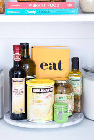 8 essentials for your kitchen pantry