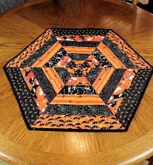 Quilted Table Runners by Best 20 Table Runner Pattern Ideas On Pinterest Quilted Table