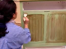 How To Paint Kitchen Cabinets Video How To Paint Kitchen Cabinets Diy