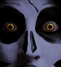 is it safe to wear halloween contact lenses 1 800 contacts