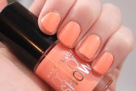 maybelline color show nail lacquer in pretty in peach review
