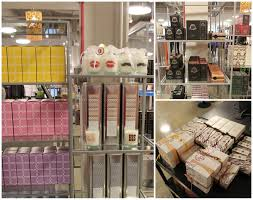 Home Design Store Chicago Shopping Neiman Marcus Last Call Fashion Outlets Of Chicago