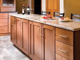 how to build shaker cabinet doors