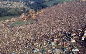 Woodstock  Images?q=tbn:ANd9GcQ8JRJkeLRepYMM81qeGnAHaHQ3wwrFtrQniMjP_Jne0wYU5LQV