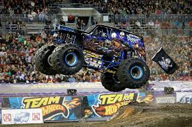 bigfoot monster truck wiki son uva digger monster trucks wiki fandom powered by wikia