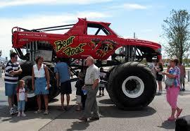 monster truck show missouri bear foot king monster trucks wiki fandom powered by wikia