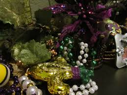 my heart with pleasure fills fat tuesday mantel