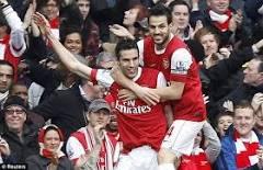 Arsenal 2-1 Barcelone, vidéo buts (Villa, Van Persie, Arshavin)