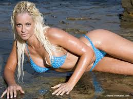 صور لماريس بالبكيني الازرق Images?q=tbn:ANd9GcQC0kP836HokL6M_0NuEOLSSDiNDhw08spHl4tFVyngLKcUXBsPeH69E9qT