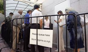 Tony Blair  Shocking claims PM led conspiracy to ensure Labour     s     Polish migrants queue up to enter the UK