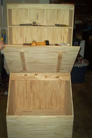 Easy To Make Wood Toy Box by Best 25 Toy Box Plans Ideas On Pinterest Diy Toy Box Toy Chest