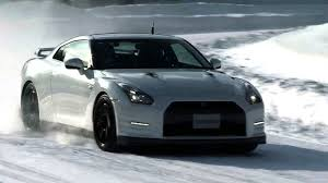 nissan altima coupe in snow nissan cars news 2013 gt r u0027s performance in the snow test