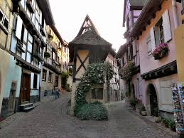 places to visit in france 50 most beautiful cities and towns
