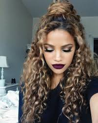 haircuts for really curly hair best 25 dyed curly hair ideas on pinterest long curly