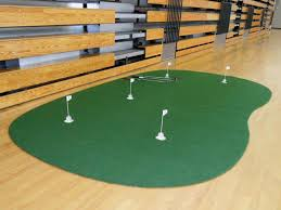 Backyard Golf Hole by 9x15 Ft Indoor Or Backyard Putting Green 5 Holes
