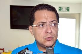 Oh no! la inundeishon!: Hackean la cuenta de twiter de Manuel Andrade! - manuel-andrade1