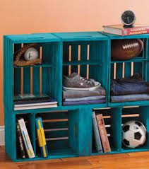 Wooden Crate Bookshelf Diy by How To Make A Bookshelf Milk Crate Furniture Milk Crates And