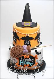 Cake Pops Halloween Ideas by Best 25 Witch Cake Ideas On Pinterest Halloween Cakes