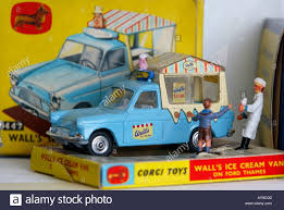 Vintage Ford Ice Cream Truck - walls ice cream van stock photos u0026 walls ice cream van stock
