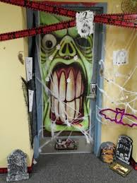halloween door decorations peeinn com