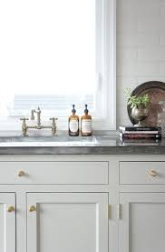 best 25 cottage kitchen cabinets ideas only on pinterest