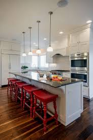 Remodeled Kitchens With White Cabinets by Best 25 Red And White Kitchen Ideas Only On Pinterest Red