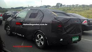 Flagra dos leitores: Chevrolet Prisma e Trailblazer reestilizados e ...