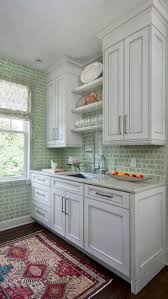 Small Kitchen Design Images by Best 10 Small Kitchen Redo Ideas On Pinterest Small Kitchen