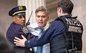 Jogo do Dinheiro: George Clooney vira refém no primeiro trailer ...