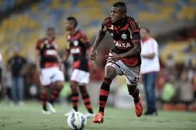 Marcelo e Jajá treinam entre os titulares e devem atuar no Flamengo