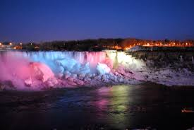 niagara falls frozen at night
