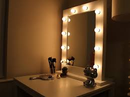 Light Up Makeup Mirror Bedroom 36 Mirror With Lights Stunning Bedroom Vanity With
