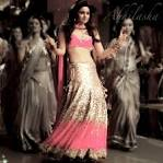 alia bhatt dancing scene HD wallpaper hotest scene ever | Fine
