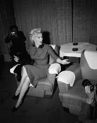 Did marlin Monro write any essay      writefiction    web fc  com Home   FC  Marilyn Monroe   Wikipedia  Did marlin Monro write any essay