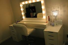 Light Up Makeup Mirror Makeup Vanity Desk With Lighted Mirror Best Home Furniture
