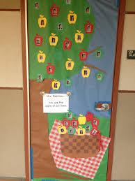 teacher appreciation day door decorations picnic apple theme