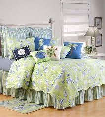 Ocean Themed Bedding Amazon Com C U0026 F Enterprises Green Shells Quilt Set Home U0026 Kitchen