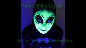 glowing alien face paint idea for halloween elegant minerals youtube