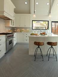 Kitchen Floor Ideas Pictures Beauty Of Simplicity Kitchen Design With Traditional Tile Floor