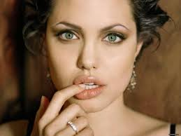 Angelina Jolie fashion  26 celebrity 65037 1600 1200