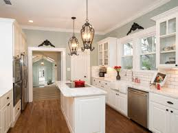 Upper Kitchen Cabinet Ideas As Seen On Hgtv U0027s Fixer Upper This Gorgeous Cottage Kitchen