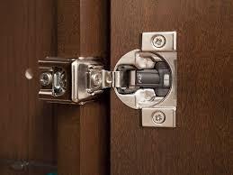 kitchen cabinet door hinges how to adjust kitchen cabinet door
