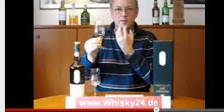 Horst Lüning ist Whisky-Experte. Seit 2007 erklärt er im Netz alle Mythen und Kniffe rund um das braune Geschmackswunder – mit wachsender Fangemeinde. von ... - Bildschirmfoto_2012-02-10_um_16.33.48