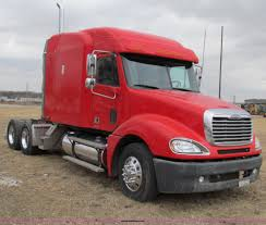 2005 freightliner columbia semi truck item a8201 sold a